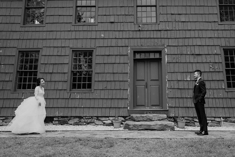 long-island-wedding-venues-15 Long Island Wedding Venues - George Weir Barn