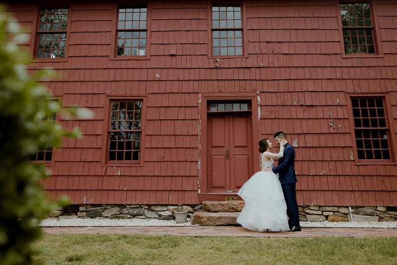long-island-wedding-venues-16 Long Island Wedding Venues - George Weir Barn