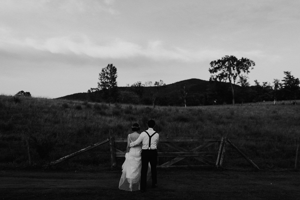 vermont-wedding-photographer-120 Vermont Wedding Photographer - Inn at Round Barn Farm Wedding