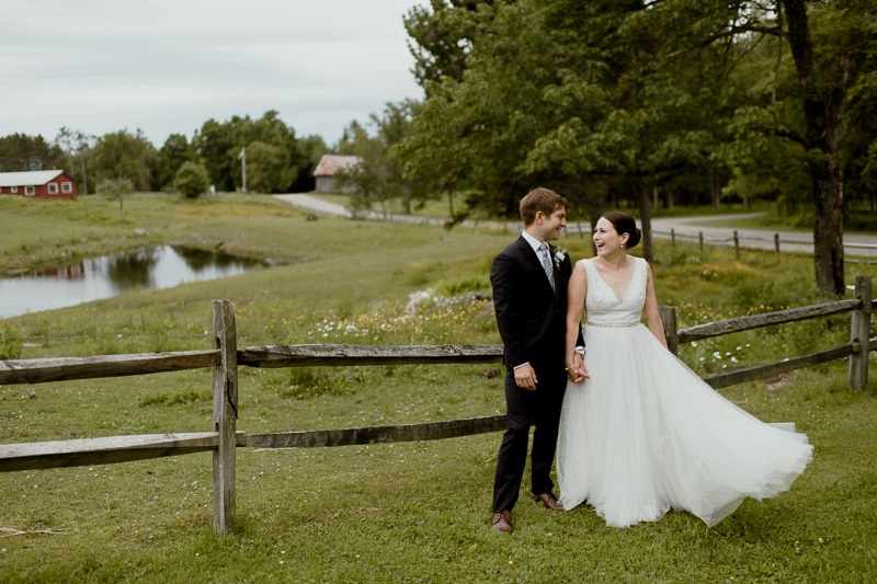 vermont-wedding-photography-43-1 Rustic Wedding Venues NY - Farm Wedding in Upstate NY