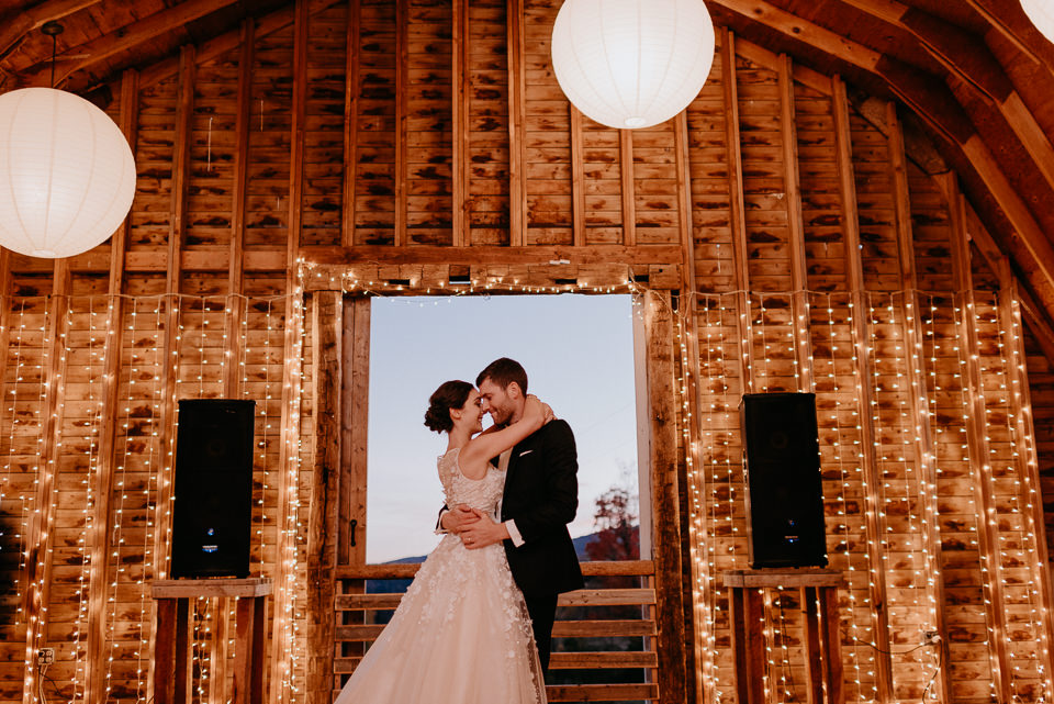 wedding-venues-upstate-ny-130 New York Barn Wedding - Wedding Venues Upstate NY