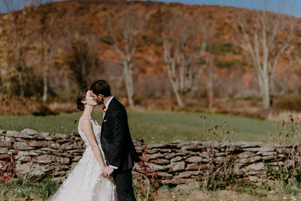 wedding-venues-upstate-ny-27-1 New York Barn Wedding - Wedding Venues Upstate NY