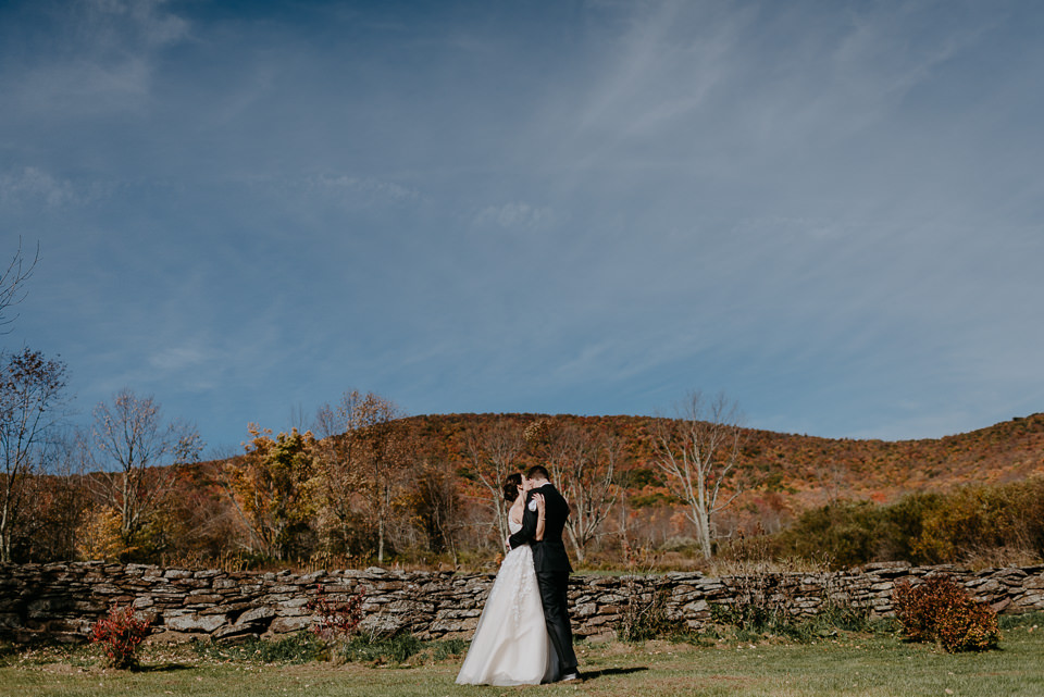 wedding-venues-upstate-ny-30 New York Barn Wedding - Wedding Venues Upstate NY